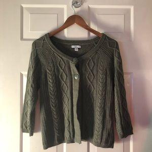 Croft & Barrow soft green sweater size small